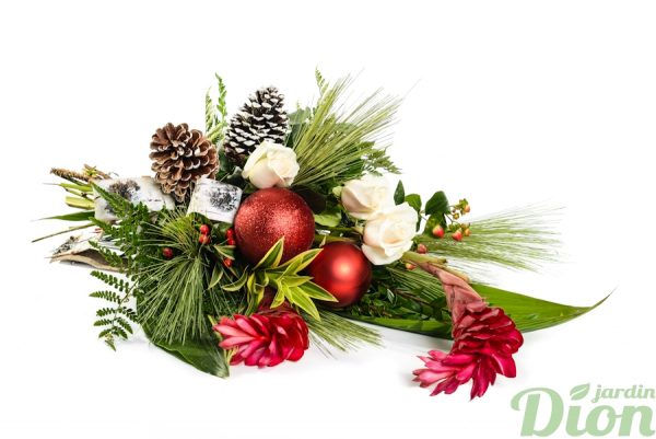FBN-0088-bouquet de noel-cones-ornements-roses-ginger