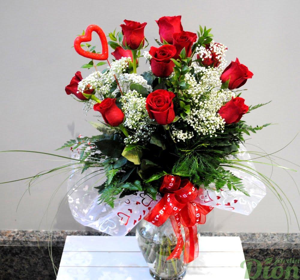 Valentin roses rouges avec vase jardin dion for Bouquet st valentin pas cher