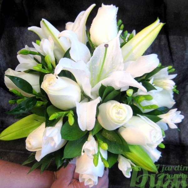 FM-1009-alliance-bouquet-mariage-blanc