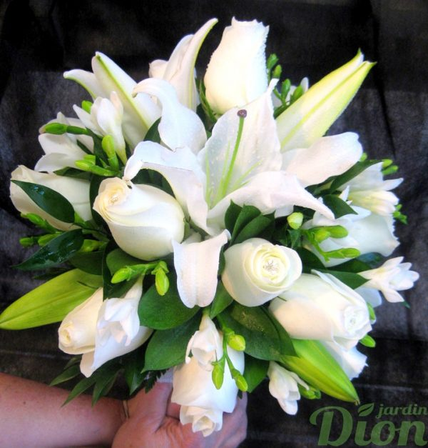 FM-1009-alliance-bouquet-mariage-blanc