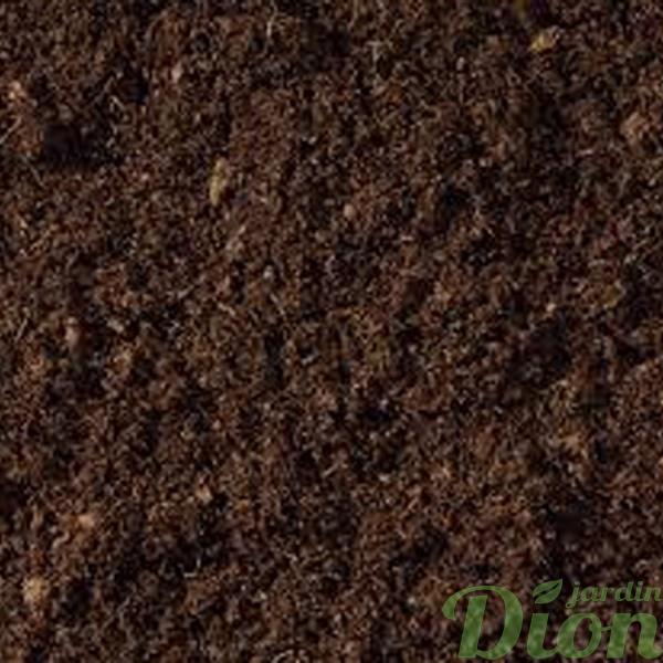 Terre jardin avec compost jardin dion for Produit de jardinage